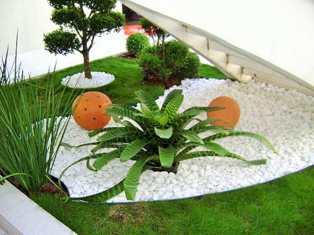 Garden-Ideas-With-Pebbles-4