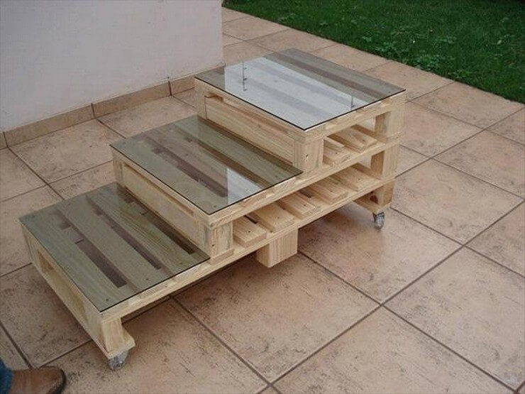Pallet-furniture-Projects-18