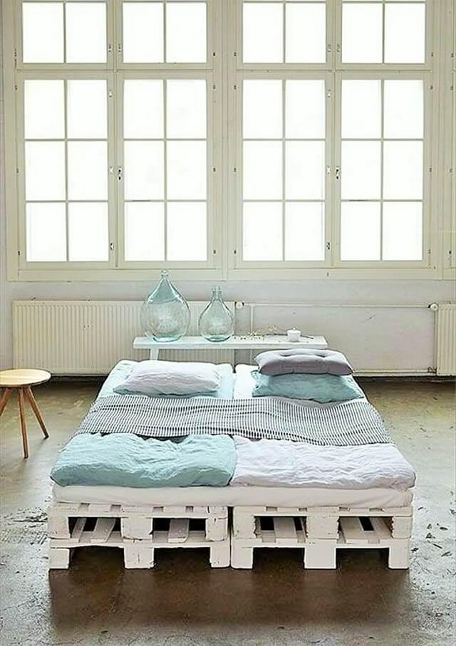 Wooden-Pallet-Bed-Ideas-3 (2)