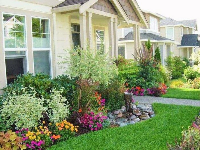 Beautiful-Front-Yard-Landscape-Garden-Ideas-11