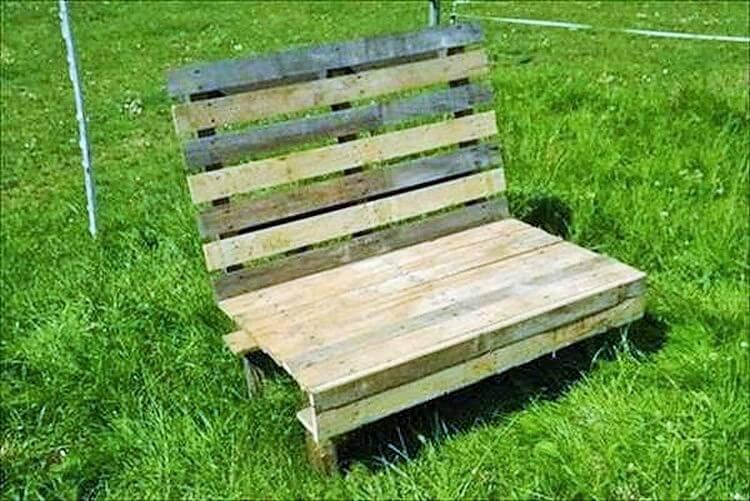 Wooden Pallet-Garden-Bench