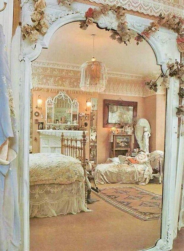 Beautiful-shabby-chic-bedrooms-Ideas-12