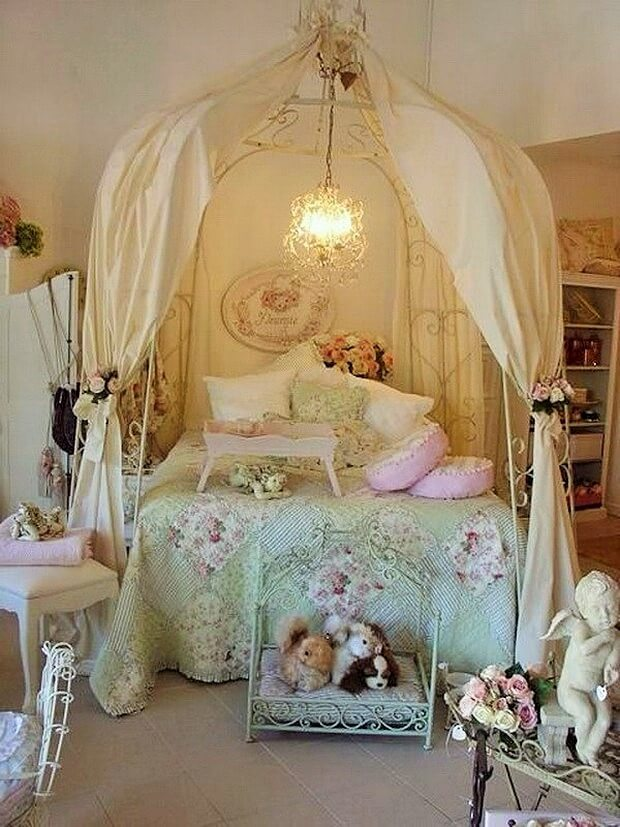 Beautiful-shabby-chic-bedrooms-Ideas-15