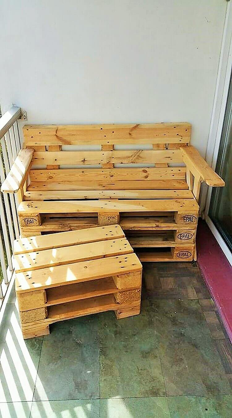 Wooden-Pallet-Bench-and-Table-Ideas