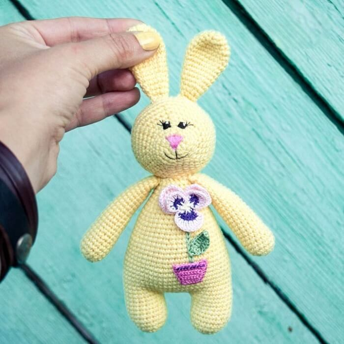 free-pattern-rabbit-rattle-1