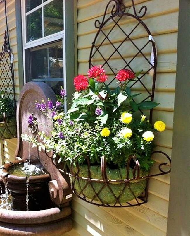 DIY-Garden-wall-flower-arrangement (2)