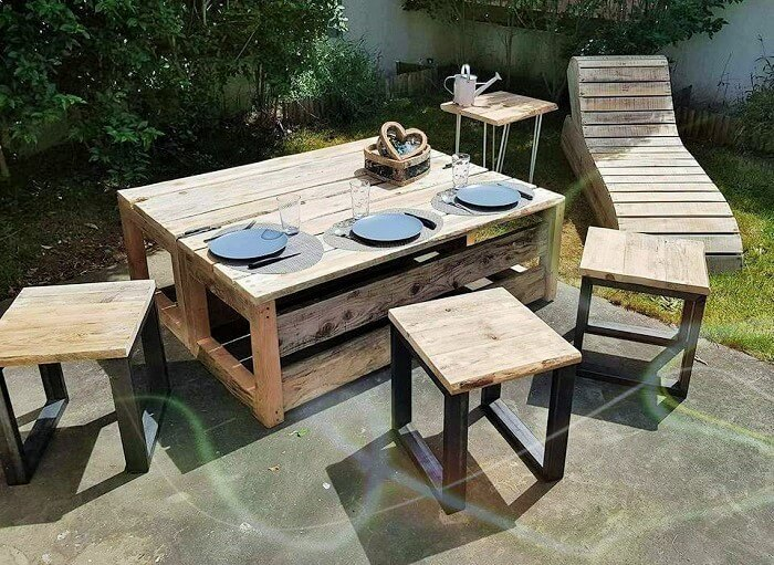 Wood-Pallet-Homemade-Furniture-Ideas-8