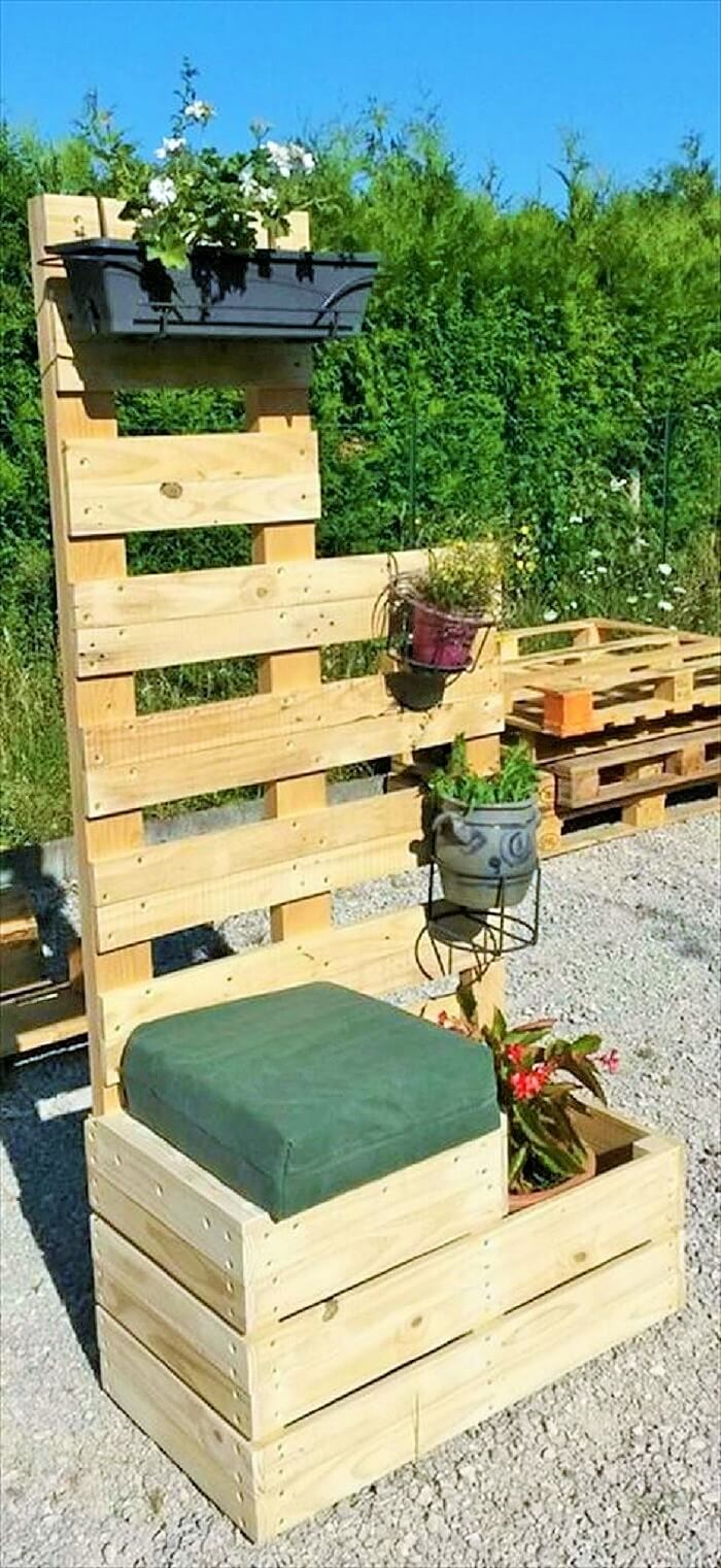Wood-Pallet-garden-Sofa
