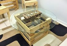 Motive-DIY-Pallet-Coffee-Table-with-Glass-Top-Idea-6 (2)