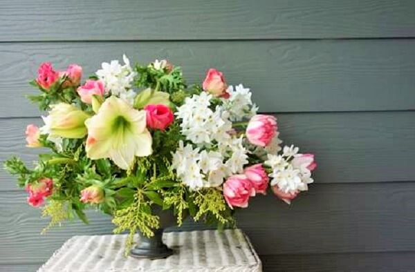 Table-Flowers-crafts-Ideas