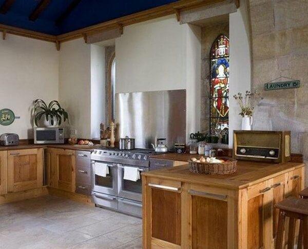 Church-in-England-Kitchen