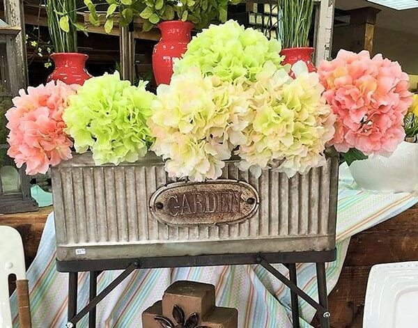 Craft-Table -Flowers (3)