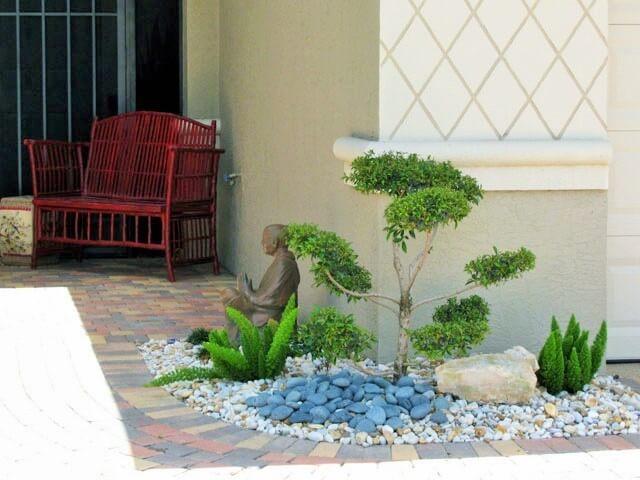 Garden-Ideas-With-Pebbles-14