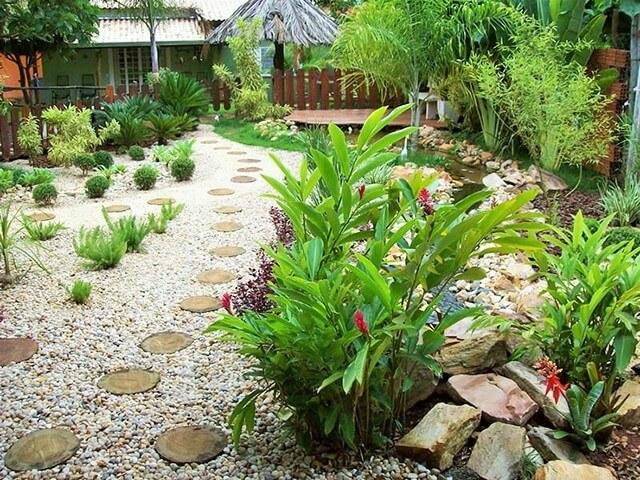 Garden-Ideas-With-Pebbles-6