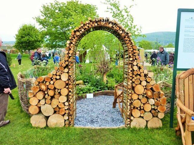 Garden-Wood-Archway