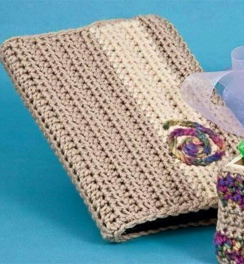 crochet Hand bag caver
