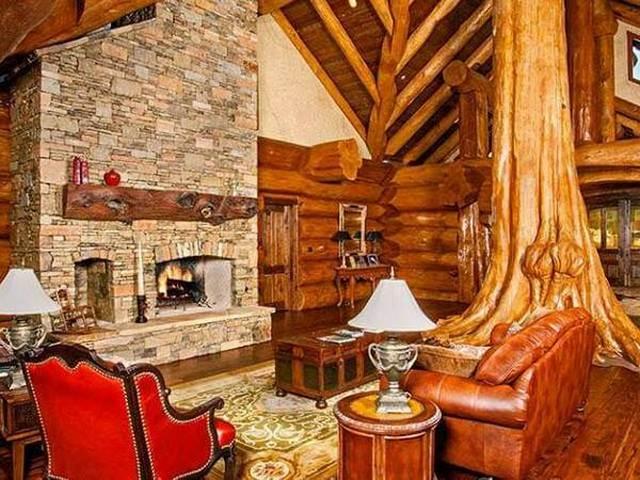 woodan decor room