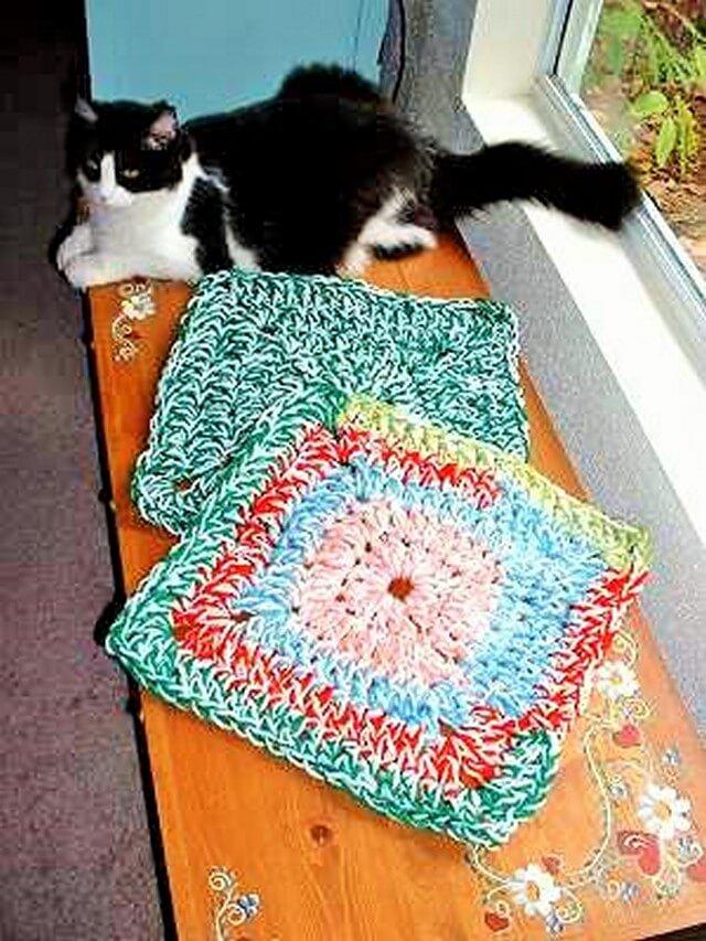 Flower rugs (2)
