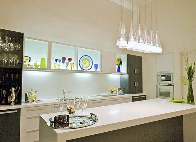 Home Decor-With-Striking-Shelf-Lighting-Ideas-4 (2)