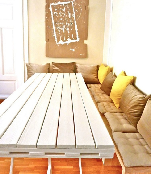 Pallets Furniture- style-sofa-Tabe