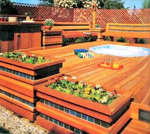 Wooden-Hot-Tub-Deck (2)