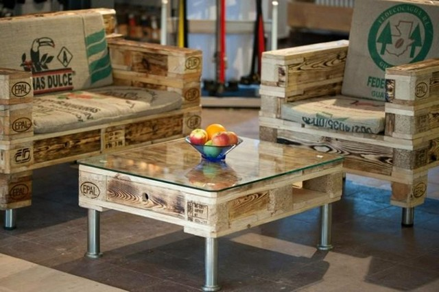 Wooden-Pallets Furniture-set