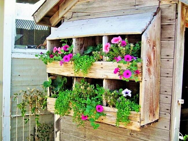beautiful-hanging-garden-home-3 (2)