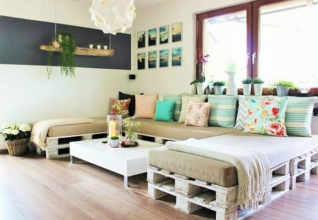 beautiful-pallet-made-sofa-design (2)