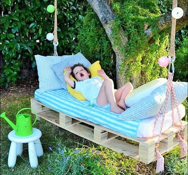 lovely-kids-swing-bed-pallet-idea (2)