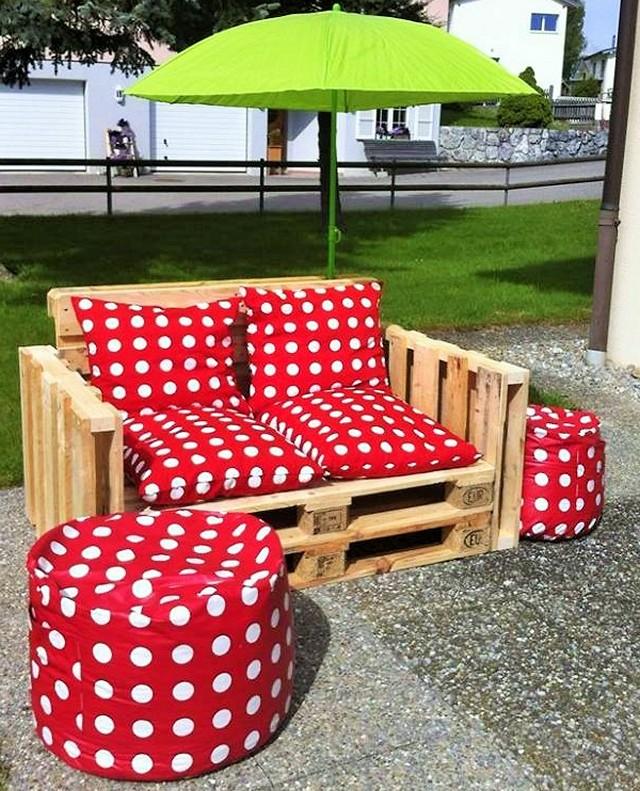 Wooden Pallet sofa (2)