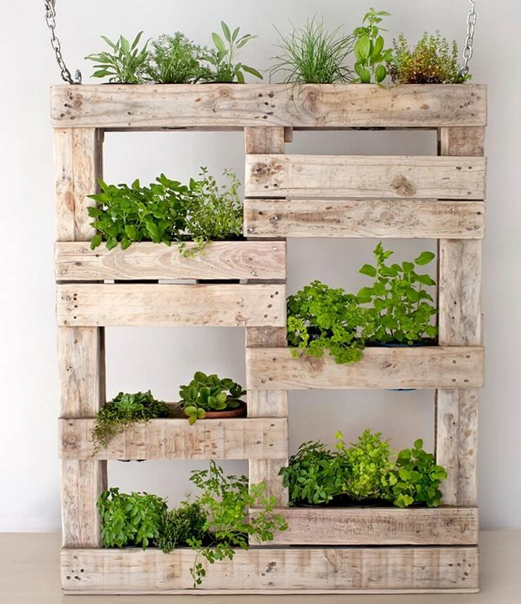 Pallet-furniture-Projects-4