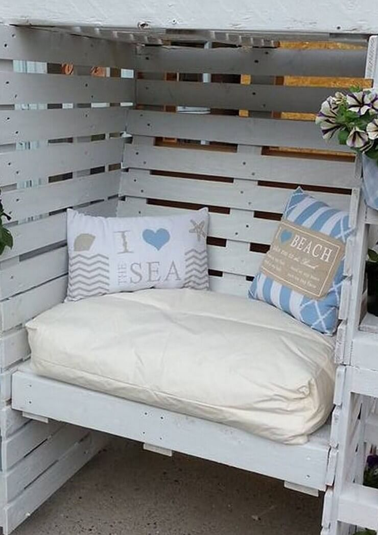Pallet-furniture-Projects-8
