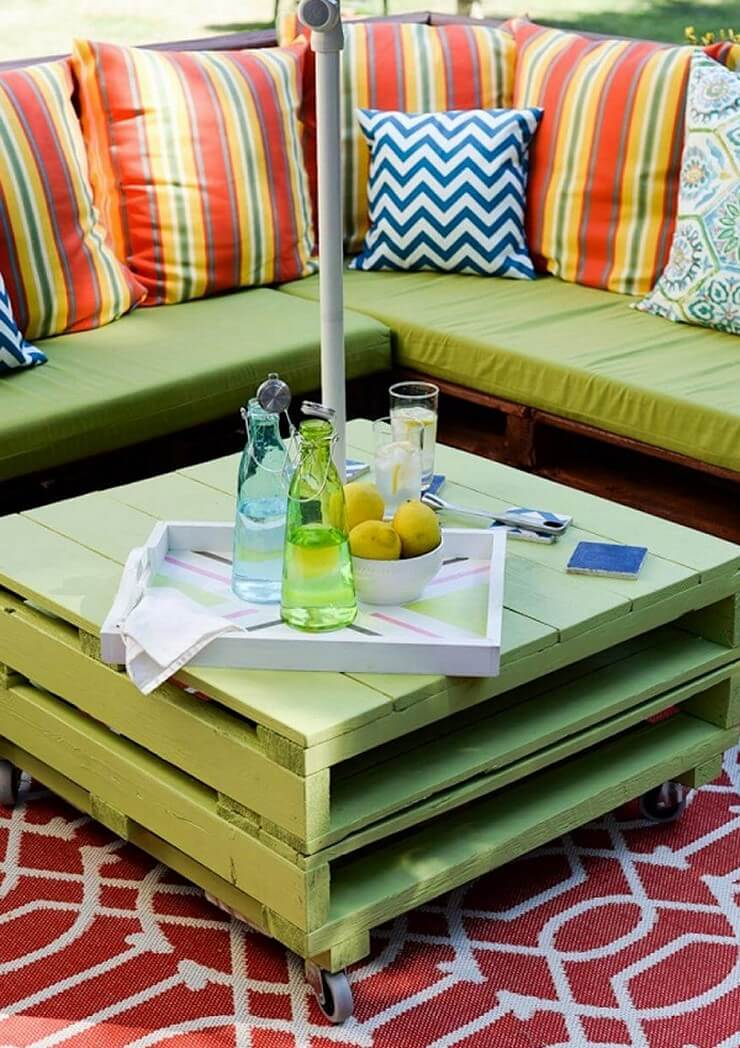 Pallet-furniture-Projects-12