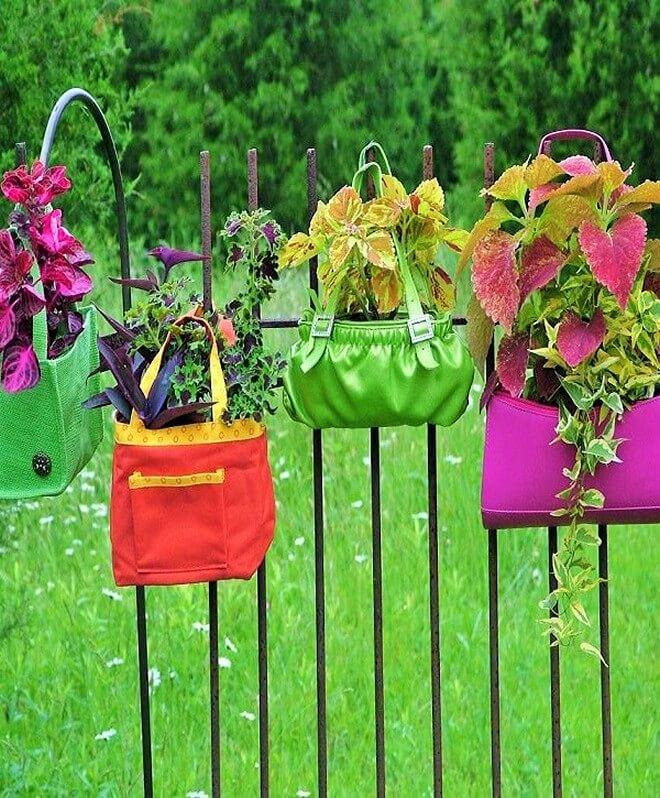 DIY_unique-Recyclable-container-garden-Ideas-1