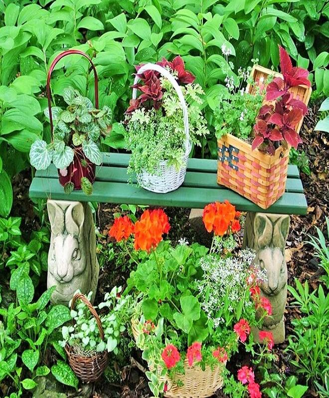 DIY_unique-Recyclable-container-garden-Ideas-2