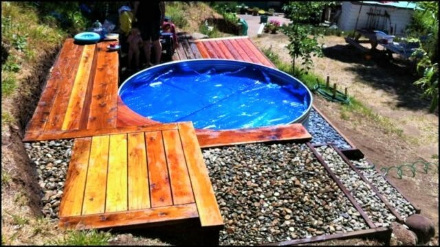 Livestock-Tank-Turned-DIY-Pallets-Swimming-Pool-1