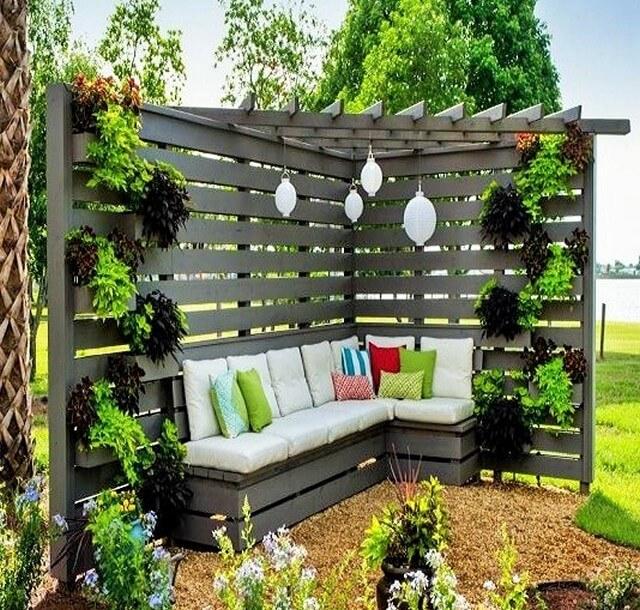 Pergola Triangle Designs: Furniture Arrangement Ideas For Outdoor