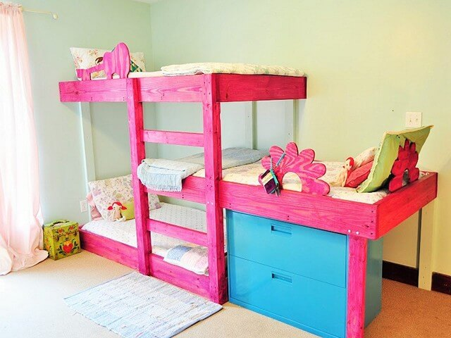 Pallets-Triple-Bunks (2)
