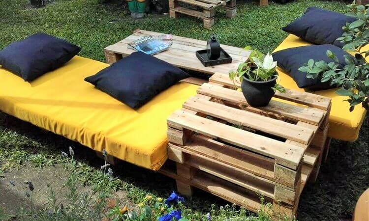 Wood-Pallet-Outdoor-Seating-Furniture-22 (2)