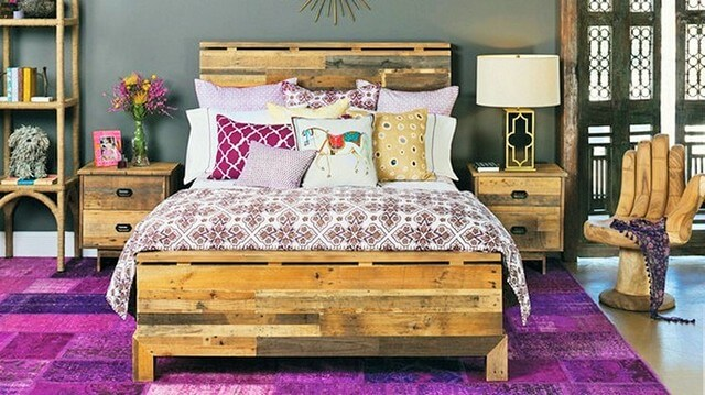 Wooden-Pallet-Bed-Ideas-12 (2)
