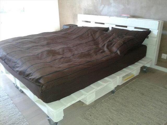Wooden-Pallet-Bed-Ideas-9 (2)
