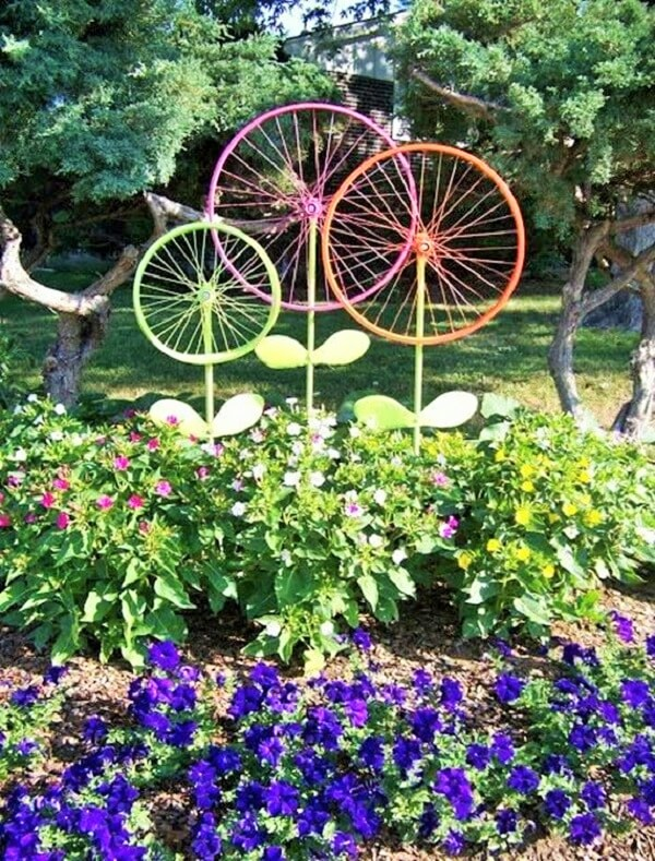 DIY Recycle-Bike-Rims-Crafts-4