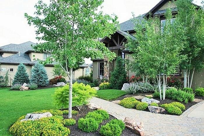 Beautiful-Front-Yard-Landscape-Garden-Ideas-18