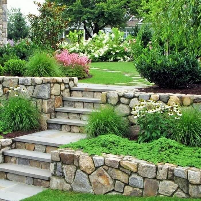 Beautiful-Front-Yard-Landscape-Garden-Ideas-30