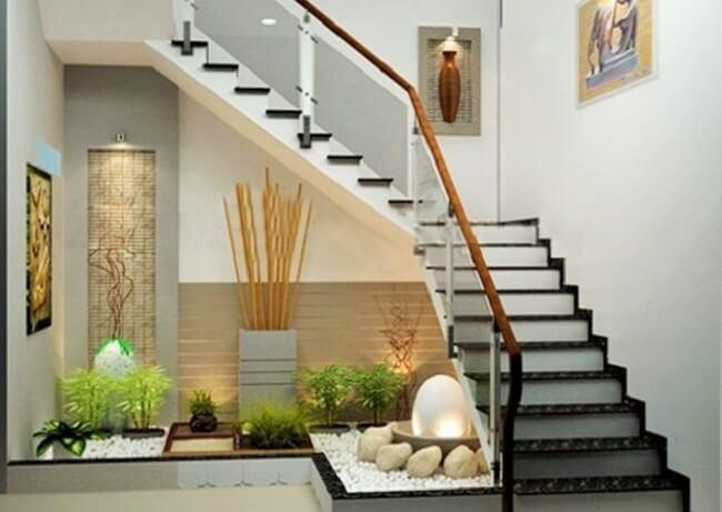 Samll-Garden-Ideas-Under-the-Stairs-7