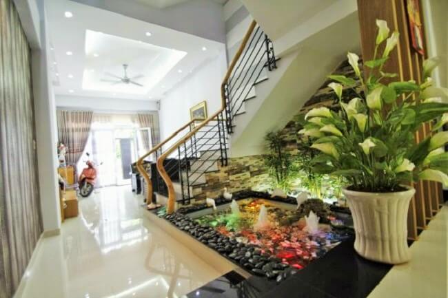 Samll-Garden-Ideas-Under-the-Stairs-11