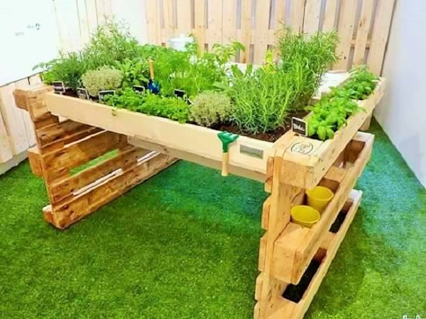 Wooden Pallets Furniture Ideas-2