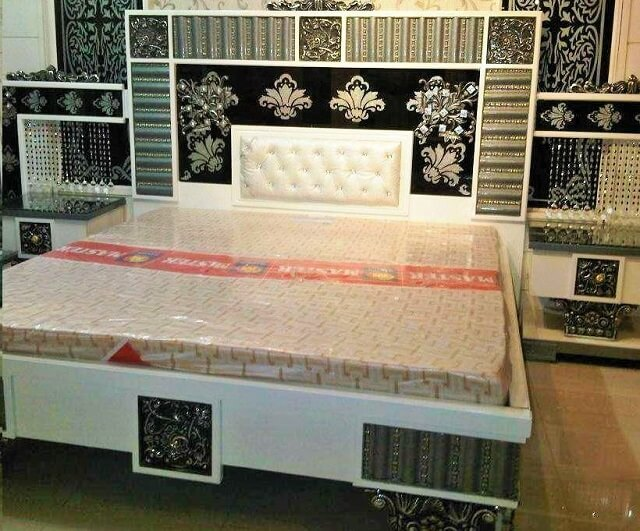 Beautiful Wooden Furniture Bed Ideas-7
