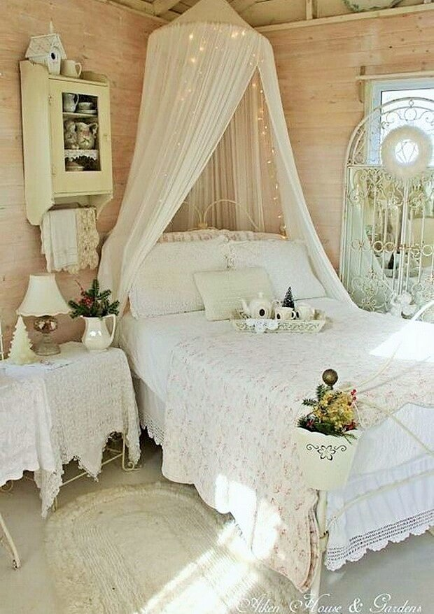 Beautiful-shabby-chic-bedrooms-Ideas-1