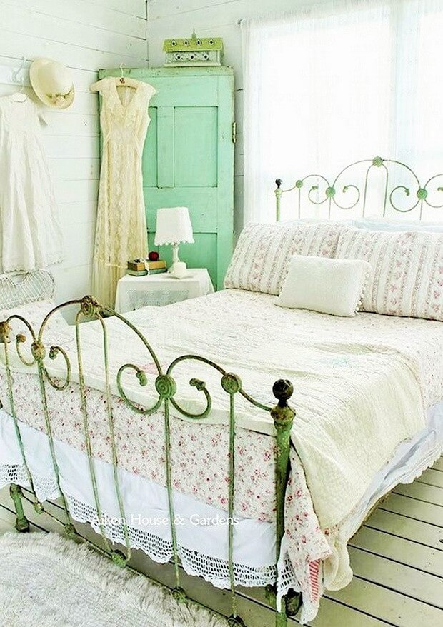 Beautiful-shabby-chic-bedrooms-Ideas-9